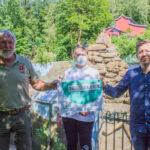 Umwelt-Staatssekretär Sebastian Thul übergibt 100.000 € für Umbau der Paviananlage